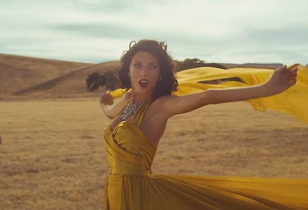 Taylor Swift no clipe de 'Wildest dreams' (Foto: Divulgação)