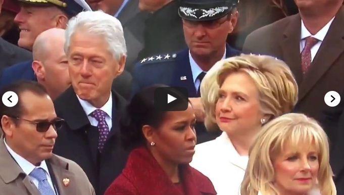 Hillary Clinton no momento do flagra (Foto: Reprodução)