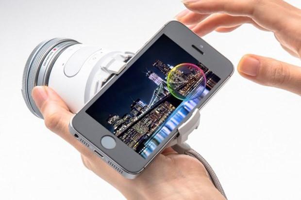 Olympus lança gadget que transforma smartphone em câmera profissional