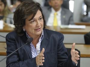 Kátia Abreu durante audiência no Senado (Foto: Marcos Oliveira/Ag.Senado)