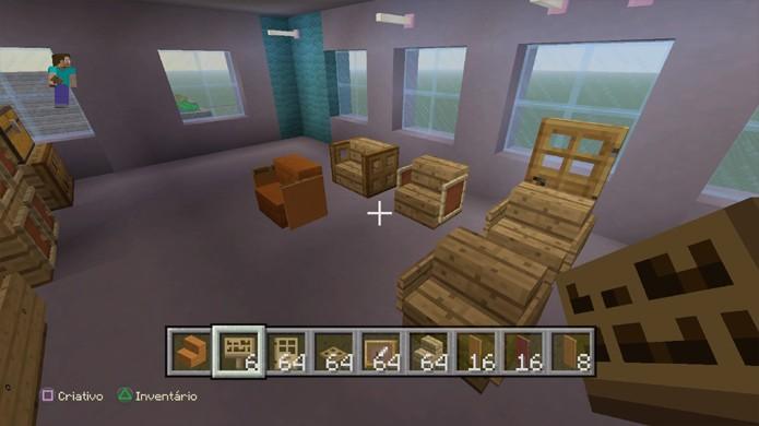 Cadeiras também podem ser personalizadas com diferentes configurações em Minecraft (Foto: Reprodução/Rafael Monteiro)