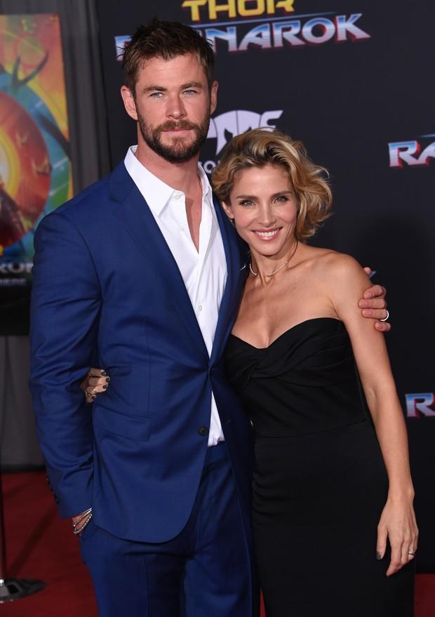 O casal Chris Hemsworth e Elsa Pataky (Foto: BackGrid)