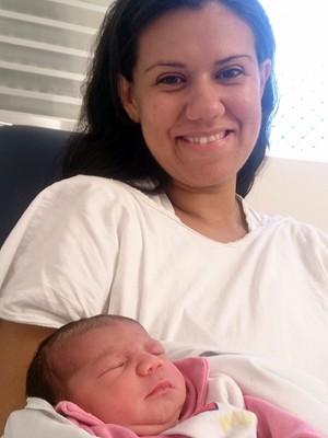 Irmão de Mariana foram os responsáveis por batizar a menina (Foto: LG Rodrigues / G1)