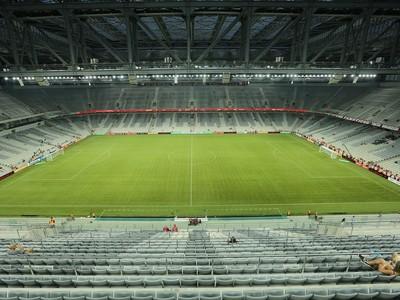 atletiba atlético-pr x coritiba arena da baixada (Foto: Giuliano Gomes/PR Press)