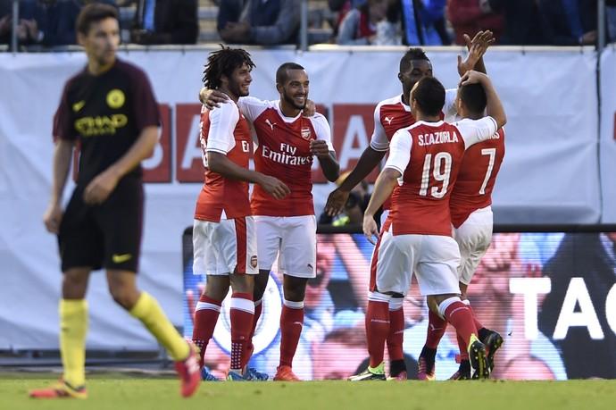 Walcott Arsenal Manchester City (Foto: Reuters)
