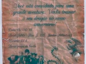Convite de aniversário pedia roupa de banho, segundo os pais de Gabriel (Foto: Reprodução/TV Santa Cruz)