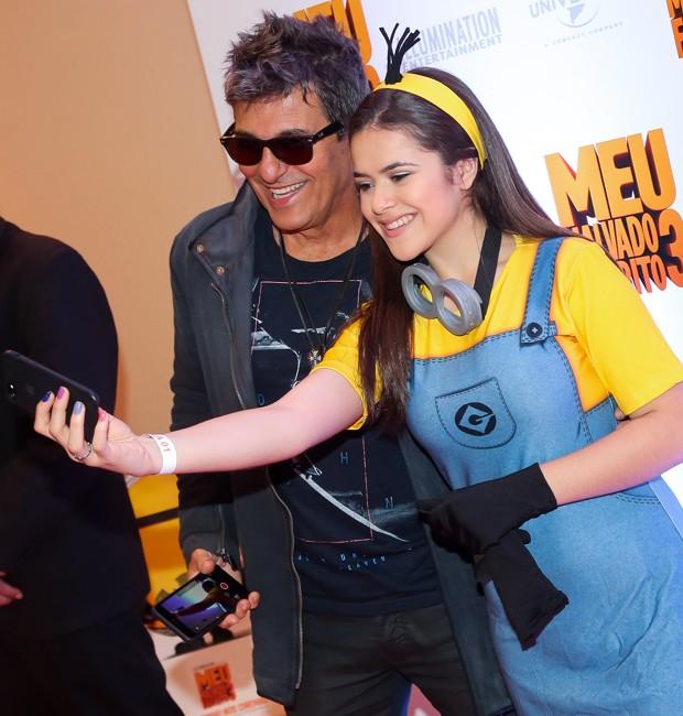 Evandro Mesquita e Maisa Silva: selfie (Foto: Reprodução/Instagram)