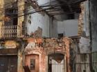 Prédio de dois andares desaba após fortes chuvas no Grande Recife
