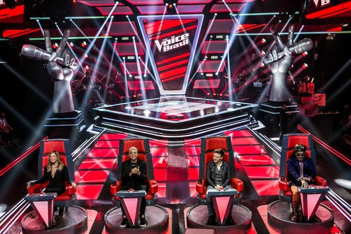 Claudia Leitte, Lulu Santos, Carlinhos Brown e Michel Teló ansiosos em quarta noite de audições (Foto: Isabella Pinheiro/Gshow)