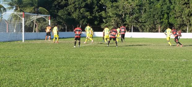 Santa Cruz-PB vence o Sport Campina e ainda segue vivo na Segundona (Foto: Renata Vasconcellos)