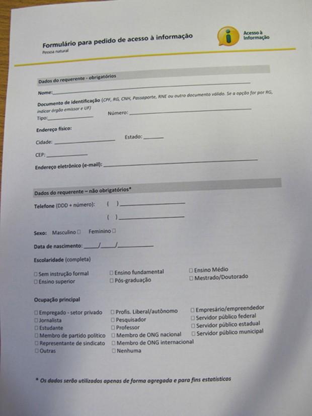 Formulário para quem quiser solicitar uma informação dos ministérios (Foto: Vítor Matos/G1 Brasília)