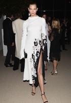 Karlie Kloss, Hailey Baldwin e mais vão a prêmio de moda nos EUA