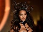Top Laís Ribeiro, angel da Victoria's Secret, fala sobre rotina com o filho