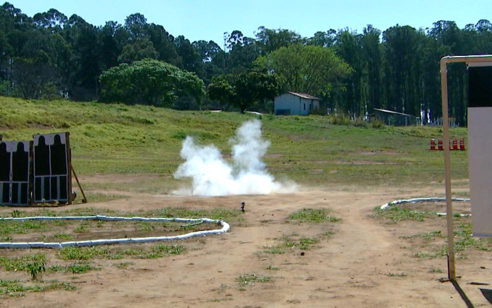 Um dos campos de treinamento do Exército em Campinas (Foto: Reprodução / EPTV)