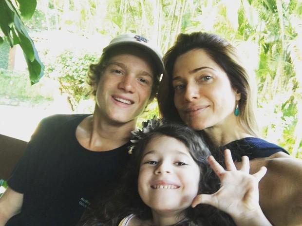 Letícia com os filhos: família pode aumentar (Foto: Arquivo pessoal/ Letícia Spiller)