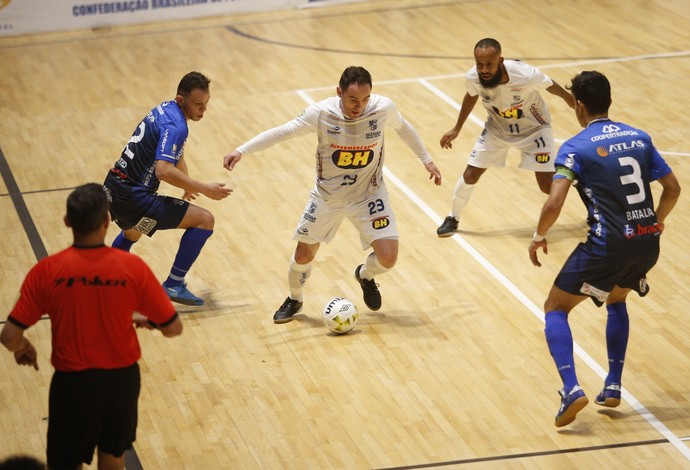 Gessé Minas vs. Pato Futsal LNF (Foto: Orlando Bento/Minas Tênis Clube)