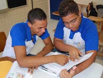 Fernando e Jairo estão preocupados, mas vão tentar se controlar. (Foto: Katherine Coutinho/G1)