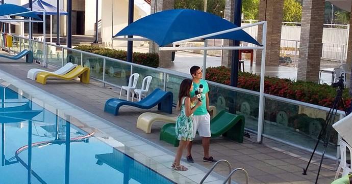 'Programão' tem clima relaxante, com piscina, sol e muito bronze (Foto: Gshow/Rede Clube)
