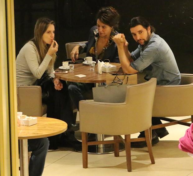 Christiane Torloni, Leonardo Carvalho e Keruse Bongiolo (Foto: Agnews)