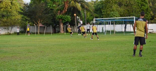 botafogo-pb, treino botafogo-pb, treino do botafogo-pb (Foto: Lucas Barros / Globoesporte.com/pb)