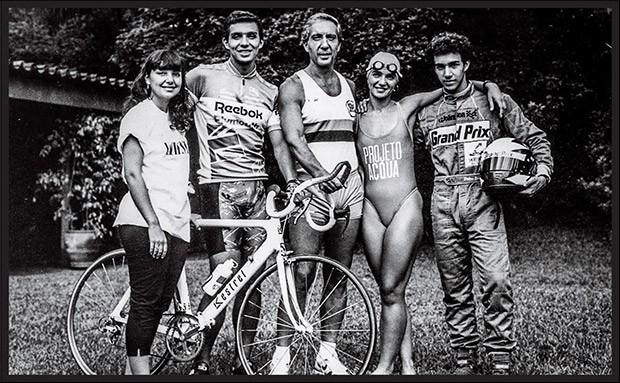 Em família  Com os filhos do primeiro casamento (esportistas, como ele): Adriana, João Paulo, Ana Maria e Pedro Paulo (Foto: Agência Estado)