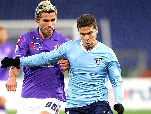 Hernanes na partida da Lazio contra o Fiorentina (Foto: Getty Images)