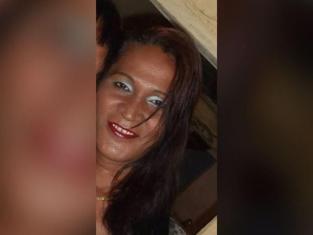 Travesti de 42 anos é agredida em Morrinhos, no interior do Ceará, e segue internada em hospital (Foto: Delegacia Regional de Acaraú/Divulgação)