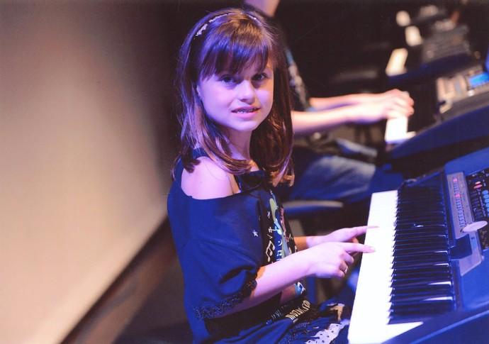 Rafa Gomes tocando piano (Foto: Arquivo pessoal)