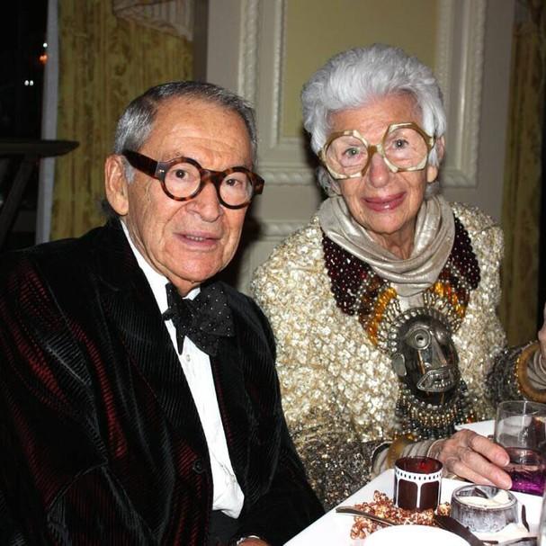 Iris Apfel e o marido, Carl Apfel (Foto: Instagram/Reprodução)