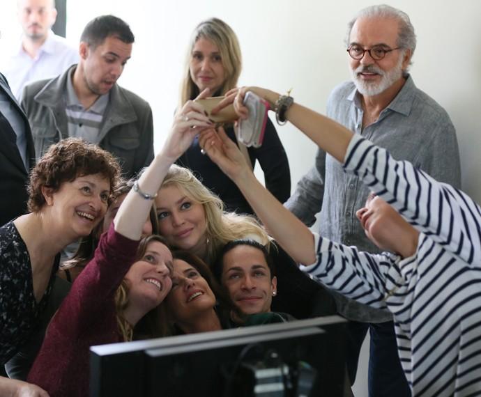 Diretora Natália Grimberg comemora fim das gravações (Foto: Isabella Pinheiro/Gshow)