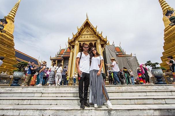 Felipe Roque e Aline Riscado na Tailândia (Foto: Reprodução/Instagram)