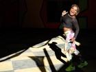Karin Hils encara a dança do passinho para interpretar protagonista de 'Sexo e as negas'