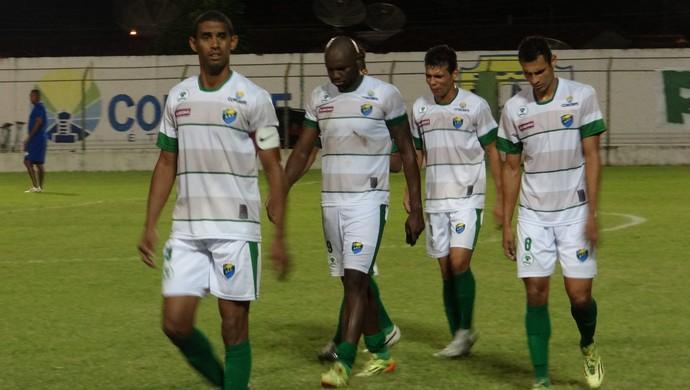 Jogadores do Coruripe (Foto: Leonardo Freire/GloboEsporte.com)