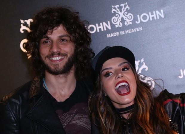 Chay Suede e Giovanna Lancellotti (Foto: Anderson Borde/AgNews)