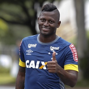 Riascos Cruzeiro (Foto: Washington Alves/Light Press)