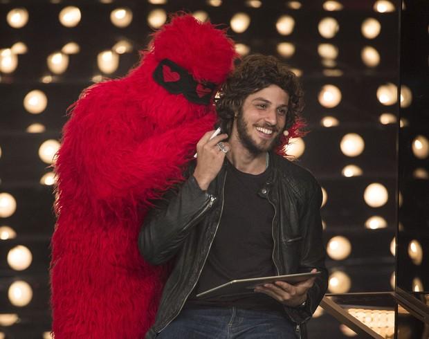 Chay Suede no programa Amor & Sexo (Foto: Globo / Mauricio Fidalgo)