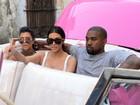 Kim Kardashian, Kanye West e a filha North causam frenesi em visita a Cuba