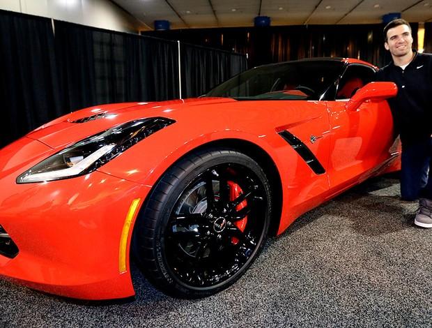 Joe Flacco do Baltimore ganha carro após título do Super Bowl (Foto: Reuters)