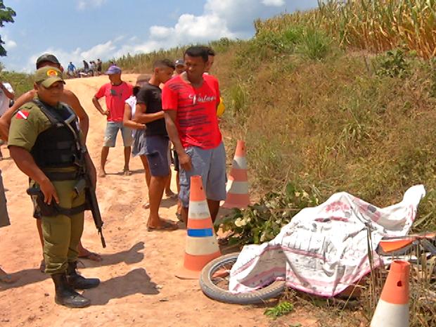 Acidente aconteceu na manhã deste sábado (15) na comunidade Açaizal. (Foto: Reprodução/TV Tapajós)
