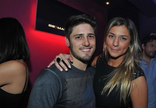 Daniel Rocha e a namorada, Rafaella Citto (Foto: Cassiano de Souza)