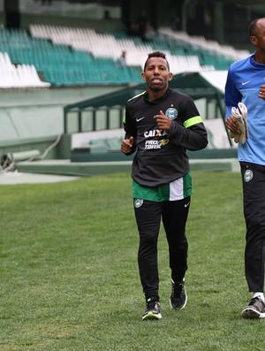 Vitor Junior Coritiba (Foto: Divulgação / Site oficial do Coritiba)