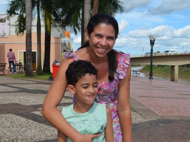 Funcionária pública deseja fazer uma faculdade em 2015 (Foto: Iryá Rodrigues/G1)