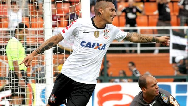 Guerrero comemora gol do Corinthians contra o Oeste (Foto: Ag. Estado)