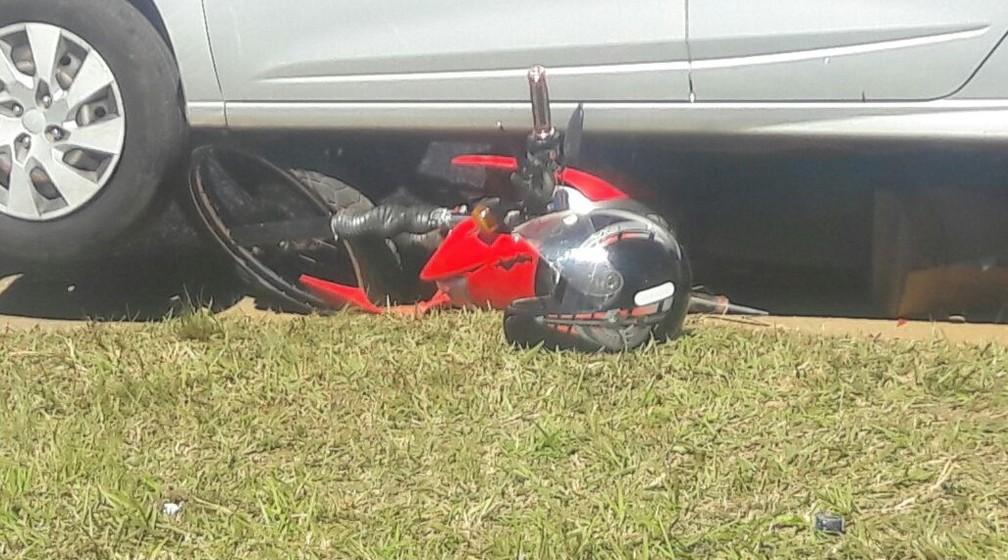 Motociclista sofreu ferimentos leves após acidente em Itapeva (Foto: Arquivo Pessoal)