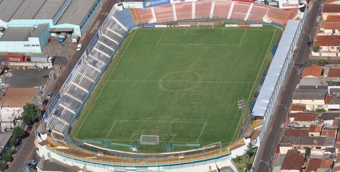 Estádio Frederico Dalmazo (Foto: Tiago de Brino/Jornal A Cidade)