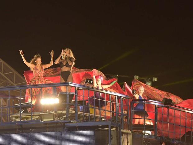 Daniela Mercury e Pablo Vittar no carnaval de Salvador (Foto: Elias Dantas/Ag Haack)