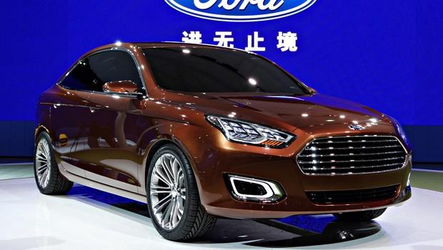 Ford Escort volta como conceito em Xangai