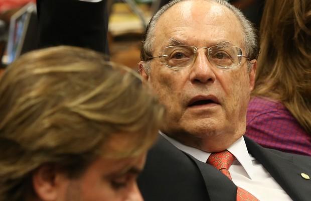 Com voto de Maluf, comissão passa a ter maioria favorável a impeachment de Dilma