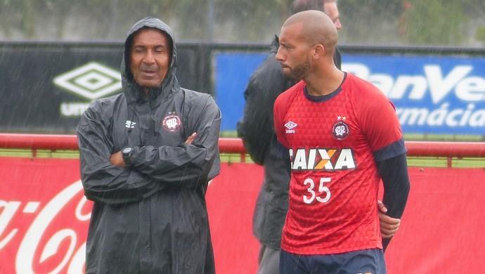 Cristóvão Borges Kadu Atlético-PR (Foto: Monique Silva)