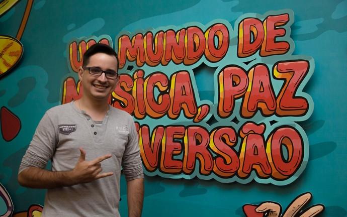 Bruno Henrique Santos Diniz é fã do rapper Black Alien (Foto: Mateus Rigola/Gshow)